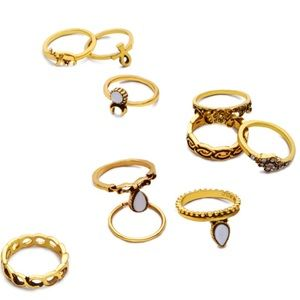 Jewelry - Gold Antique Geometric Carved Rings